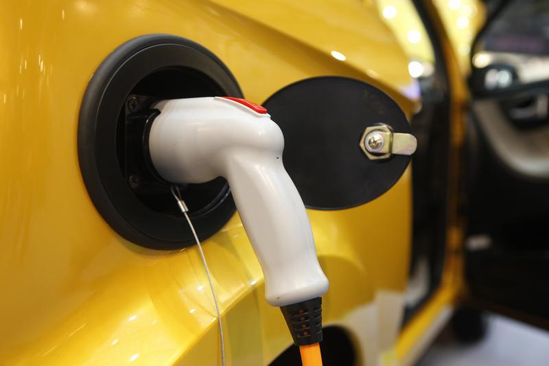 ЕП предлага 40% намаление до 2030 г. на емисиите на CO2 от автомобили