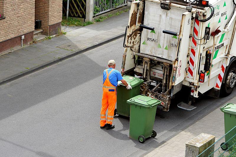 Община Мъглиж избира фирма за събиране и извозване на отпадъци