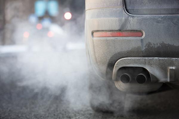 Eвропарламентът подкрепя нови лимити на емисии на CO₂ за леки и лекотоварни автомобили